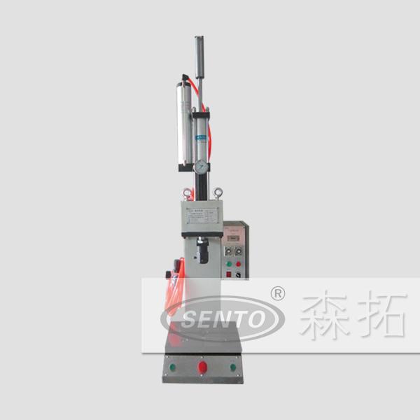 非标准C型气液压机